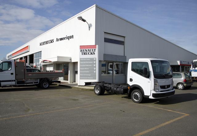 kertrucks sas vente des tracteurs routiers vente des camions. Black Bedroom Furniture Sets. Home Design Ideas