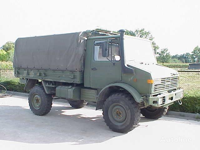 MERCEDES-BENZ UNIMOG 435/1300L camion bâchée