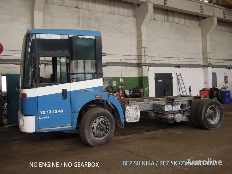 MERCEDES-BENZ Econic 1828 camion châssis