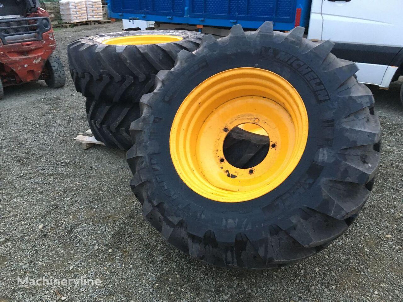 acheter des pneus pourquoi acheter des pneus en ligne les astuces pour acheter des pneus pas. Black Bedroom Furniture Sets. Home Design Ideas
