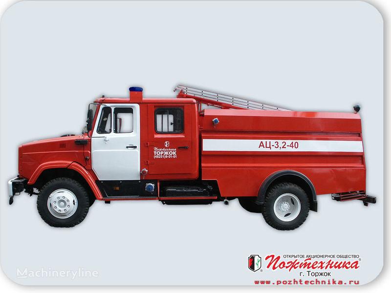 ZIL AC 3,2-40     camion-citerne d'incendie