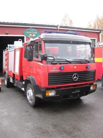 MERCEDES-BENZ 1320 camion de pompier