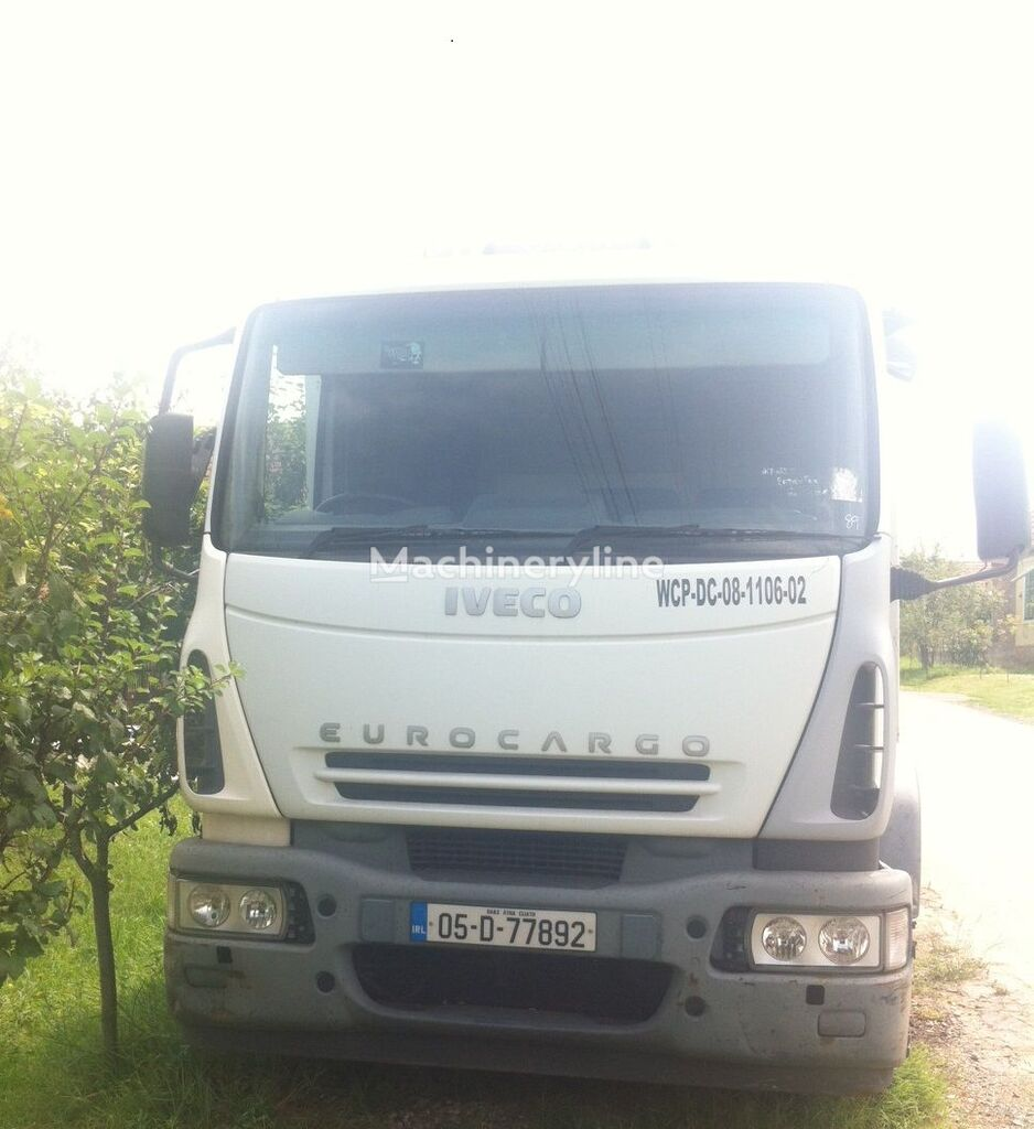 IVECO 180 E24 camion poubelle