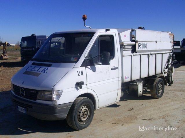 MERCEDES-BENZ 308 DT NG/35/35/C camion poubelle