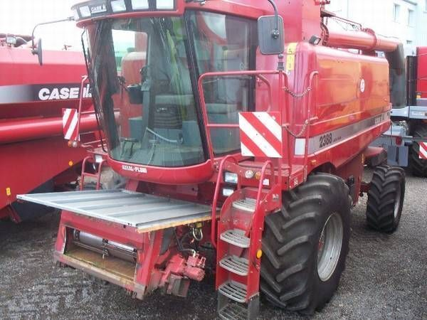 CASE IH 2388 AF moissonneuse batteuse