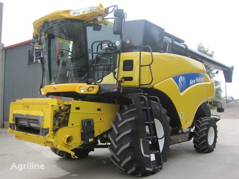 NEW HOLLAND CR 9080 Elevation HD  moissonneuse batteuse