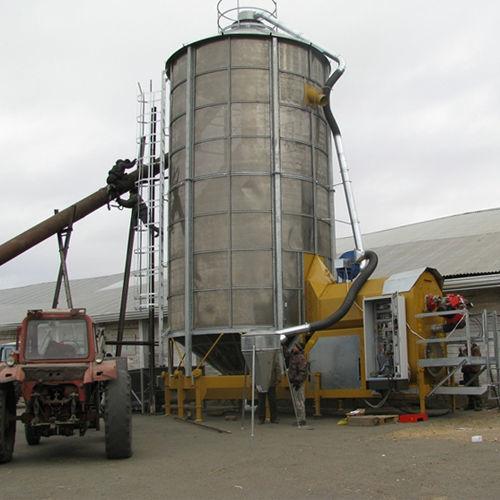 Mobilnaya zernosushilka MECMAR F 75/570F séchoir à grains