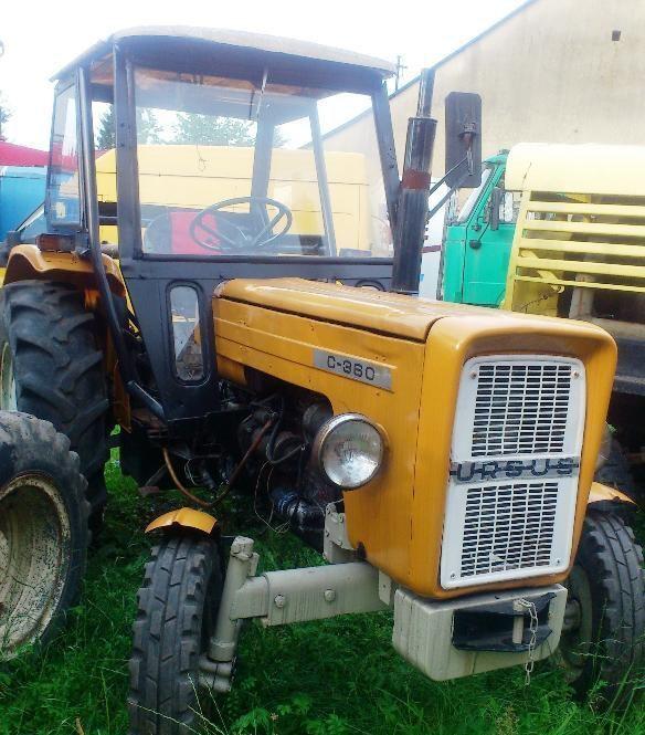 URSUS C-360 tracteur à roues