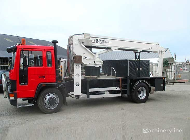 VOLVO FL-614 4X2WD camion nacelle