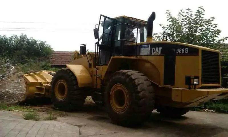 CATERPILLAR 966G chargeur sur pneus