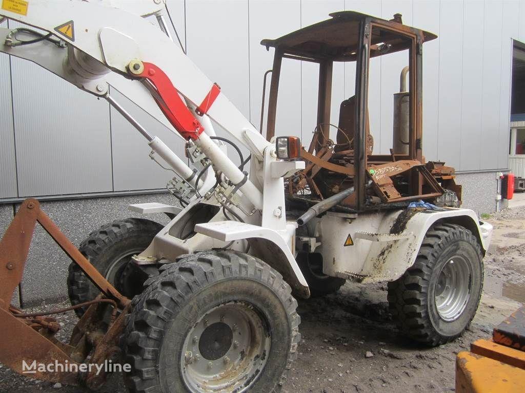 VOLVO L30B (Brandschade) chargeur sur pneus