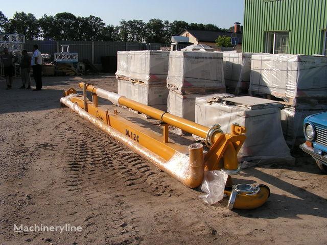 Strela dlya podachi betona (betonorazdatchik). Italiya finisseur à béton neuf