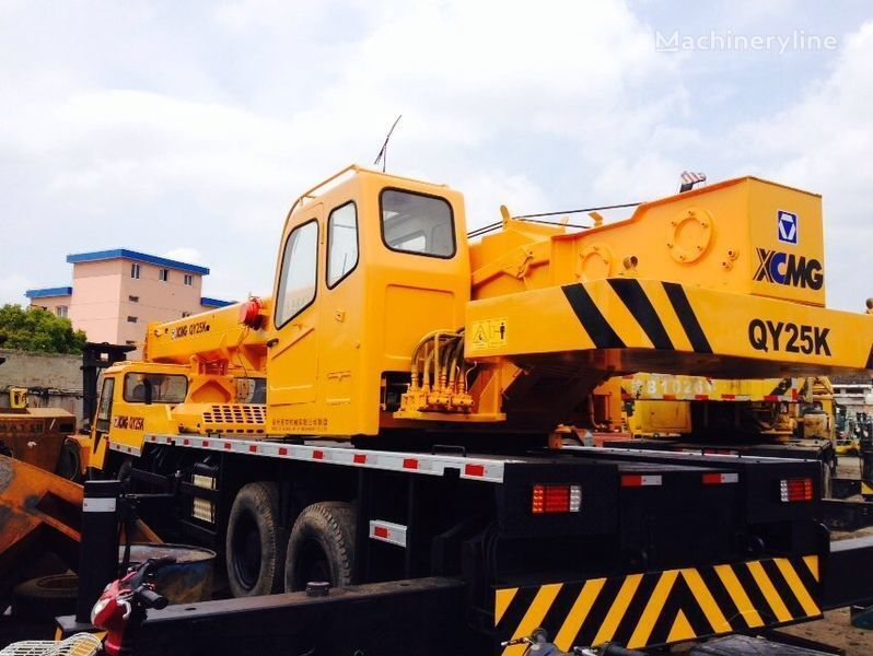XCMG QY25K grue mobile