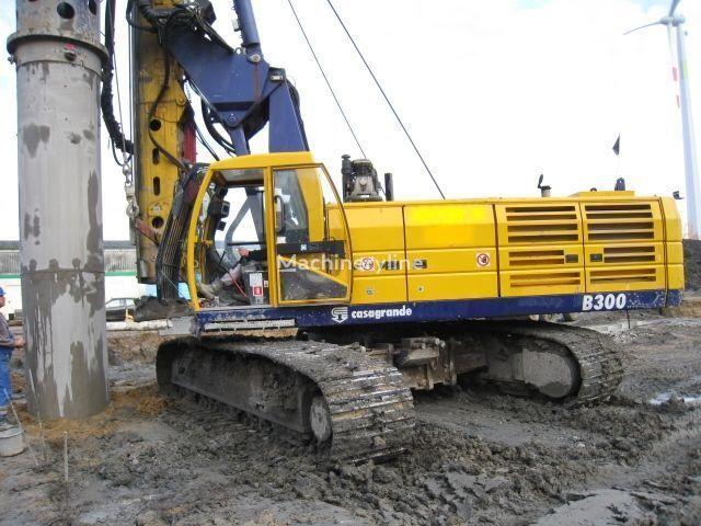 CASAGRANDE  B300 machine de forage