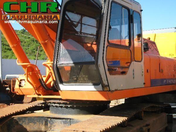 FIAT-HITACHI FH200 - FH220 pelle sur chenilles