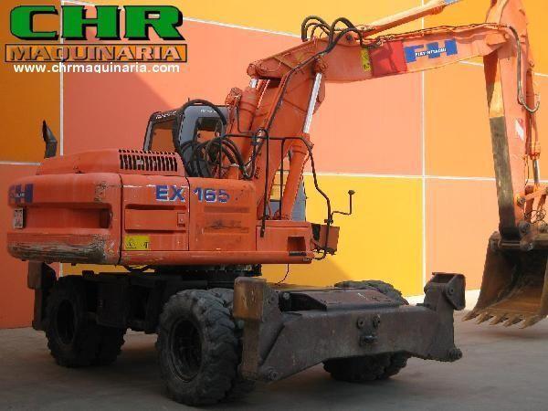 FIAT-HITACHI EX165W.3 pelle sur pneus