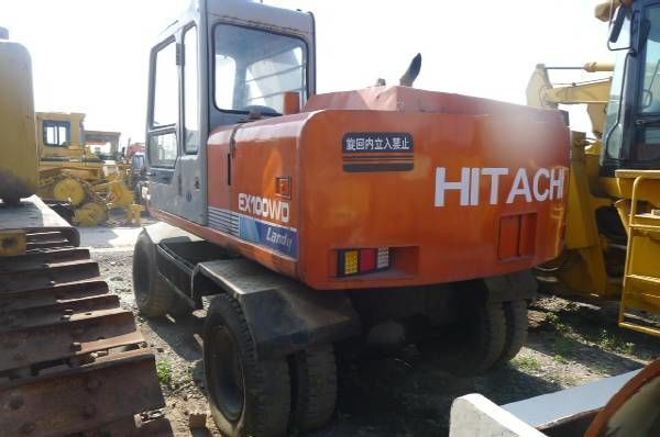 HITACHI EX100WD pelle sur pneus