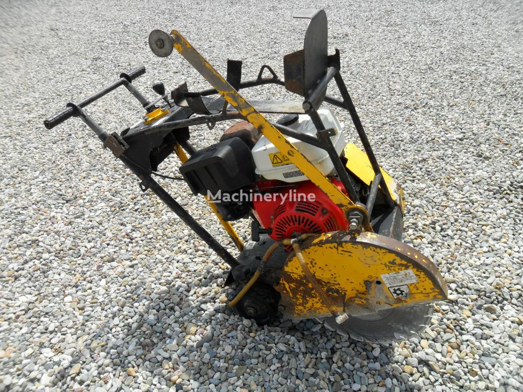 Řezačka NTC RZ 170 scie à sol