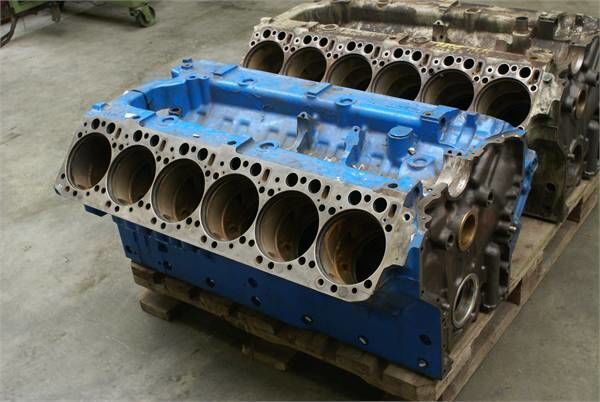 bloc moteur pour MERCEDES-BENZ OM 444 LA BLOCK OM 444 LA BLOCK autre matériel TP