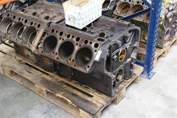 bloc moteur pour MERCEDES-BENZ OM 501 LA 11/3BLOCK autre matériel TP