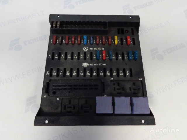 HELLA protection fuse box 0015430615,0015433115,8JE007377-01,8JE007377 boîte à fusible pour MERCEDES-BENZ tracteur routier