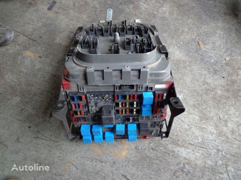boîte à fusible pour RENAULT Premium tracteur routier