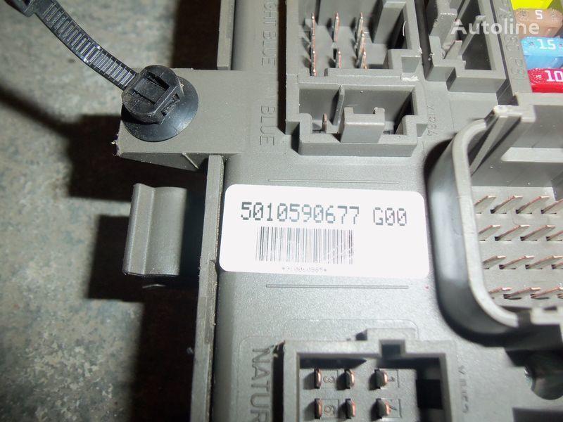 Renault Premium DXI central electrical box, fuse box, 7421169993; 7421079590, 5010590677, 7421045777 boîte à fusible pour RENAULT Premium DXI tracteur routier