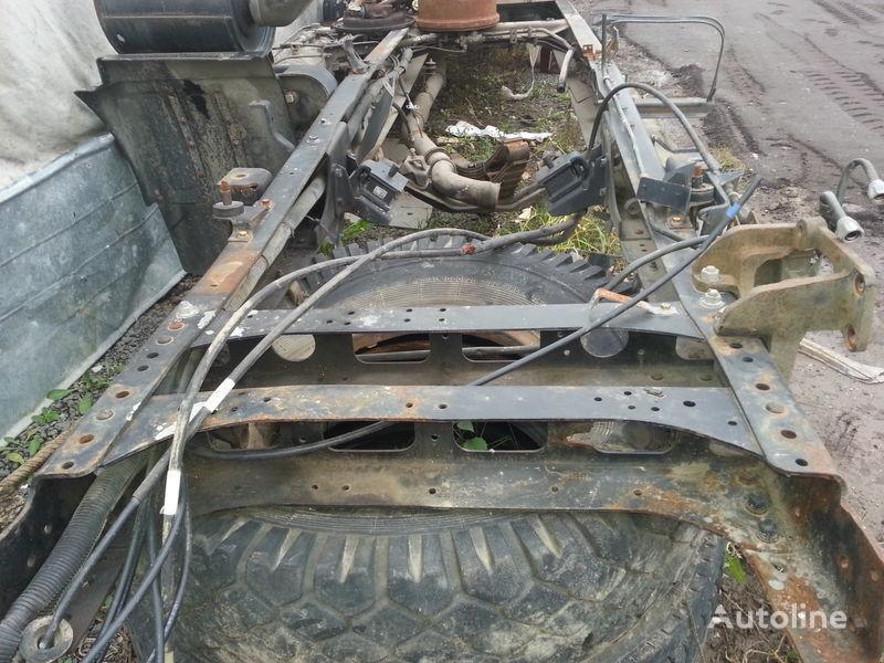 châssis pour HYUNDAI HD120 camion