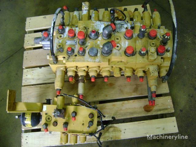 distributeur hydraulique pour CATERPILLAR 312 B excavateur