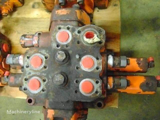 Distributor distributeur hydraulique pour FIAT-HITACHI W 270 excavateur