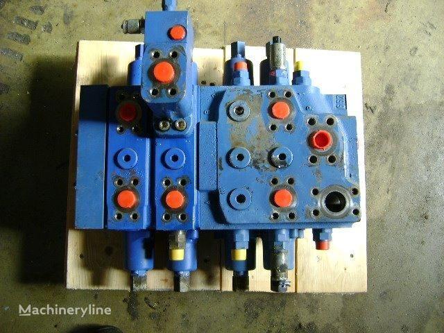 LIEBHERR Distributor distributeur hydraulique pour LIEBHERR 632 chargeuse sur chenille