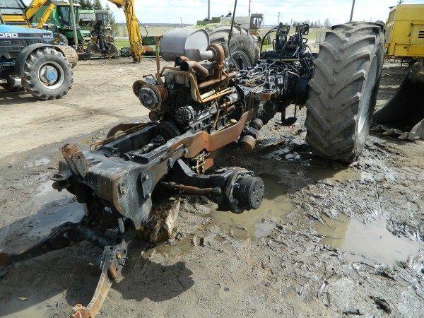 b/u zapchasti / used spare parts pièces de rechange pour DEUTZ-FAHR AGROTRON 130 tracteur