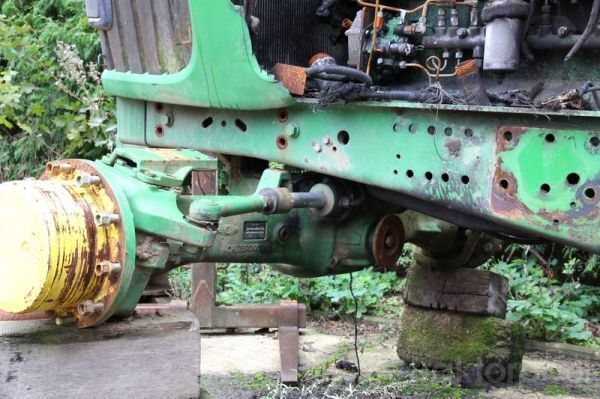 JOHN DEERE 6920 b/u zapchasti / used spare parts pièces de rechange pour JOHN DEERE 6920 tracteur