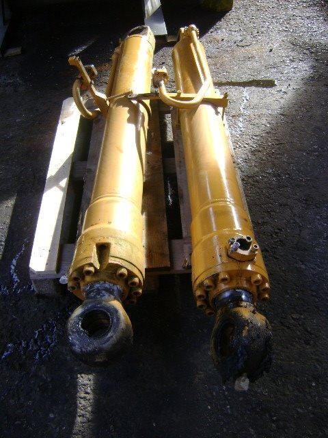 piston pour LIEBHERR excavateur
