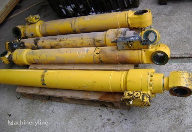 piston pour NEW HOLLAND E 215 excavateur