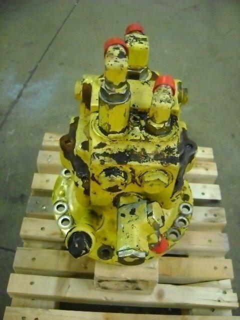 Motore di rotazione réducteur de rotation pour KOMATSU PW 130 excavateur