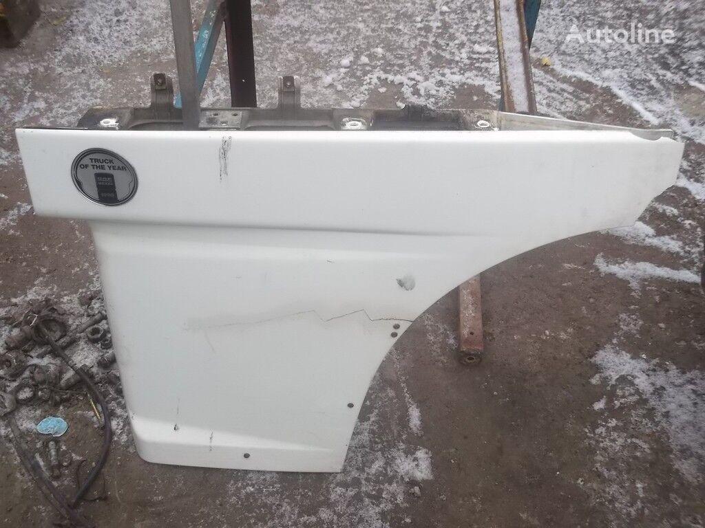 Nakladka dveri peredney levoy DAF revêtement pour camion