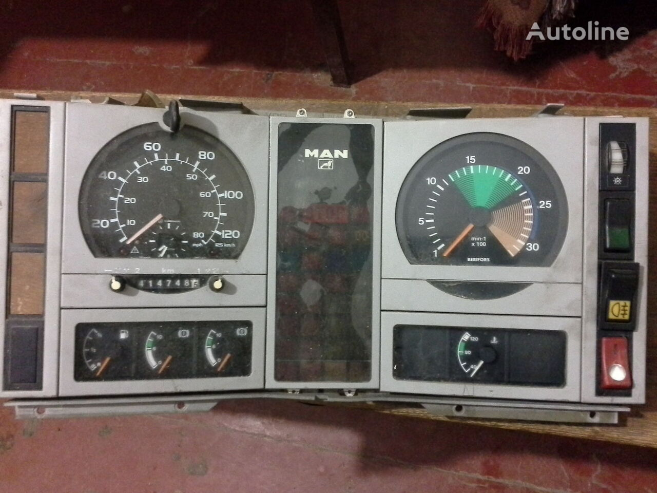 Spidometr  Tahometr originalni zapchasti kabini tachygraphe pour MAN  L2000 Po zapchastyam camion