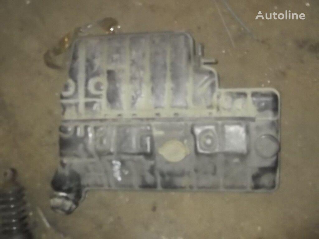 vase d'expansion liquide de frein pour MERCEDES-BENZ camion