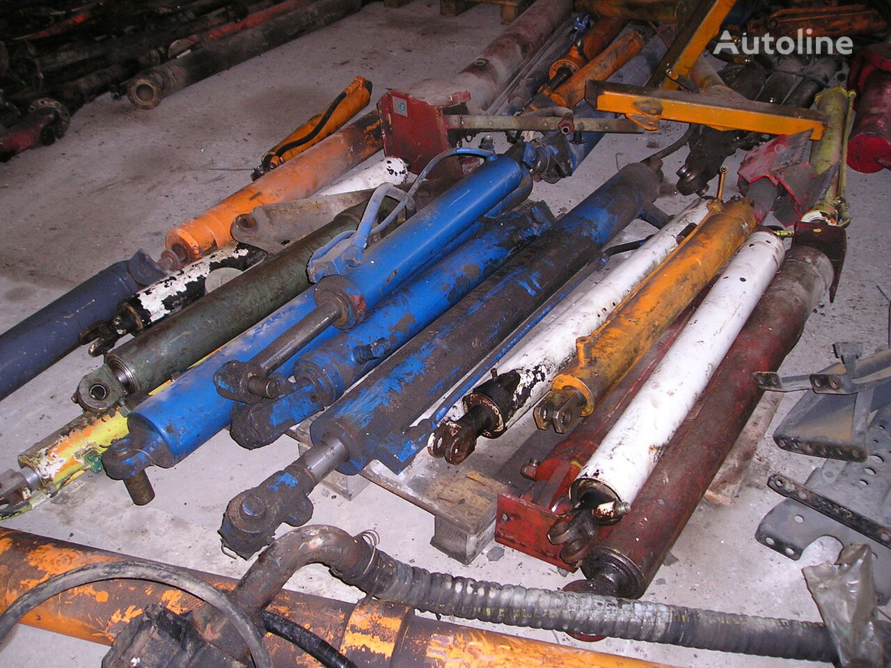 vérin hydraulique pour machine communale