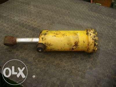 vérin hydraulique pour KRAMER  416 516  tractopelle