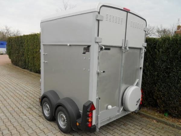vente aux ench res de ifor williams hb506 remorques pour chevaux remorque cheval de la lettonie. Black Bedroom Furniture Sets. Home Design Ideas