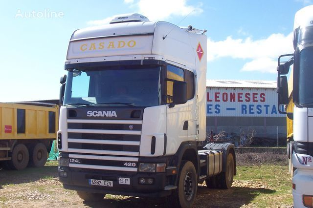 SCANIA L420 tracteur routier
