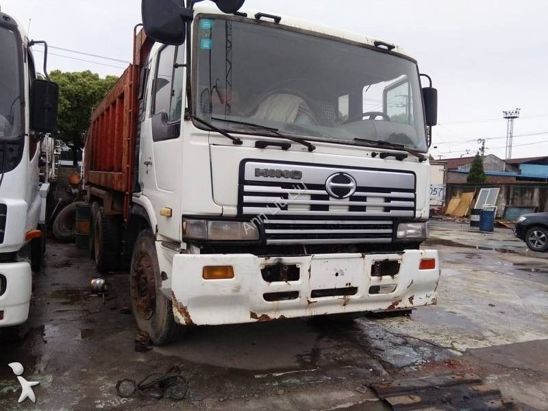 HINO camion benne