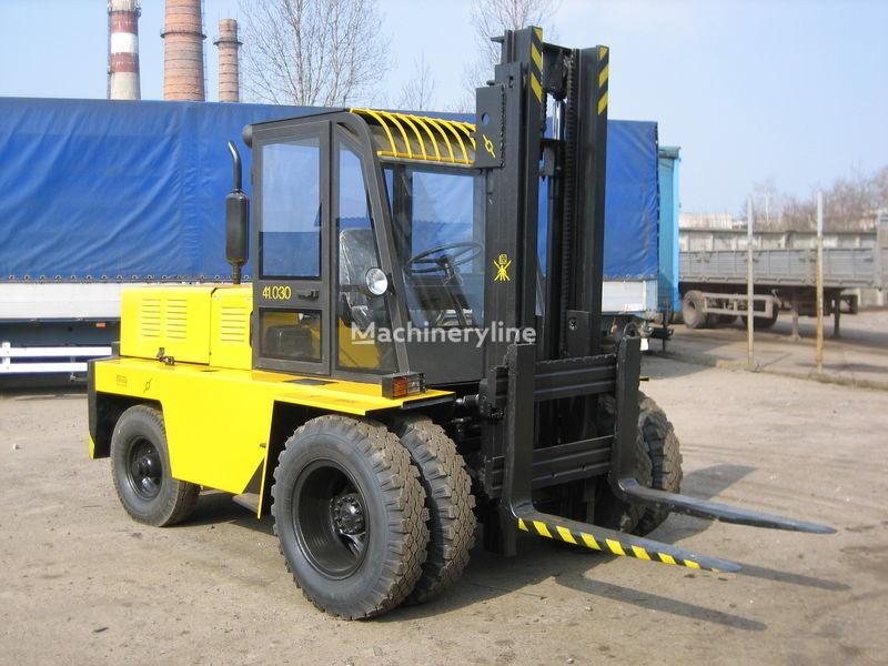 LVOVSKII Dizelnyy 41030 chariot élévateur