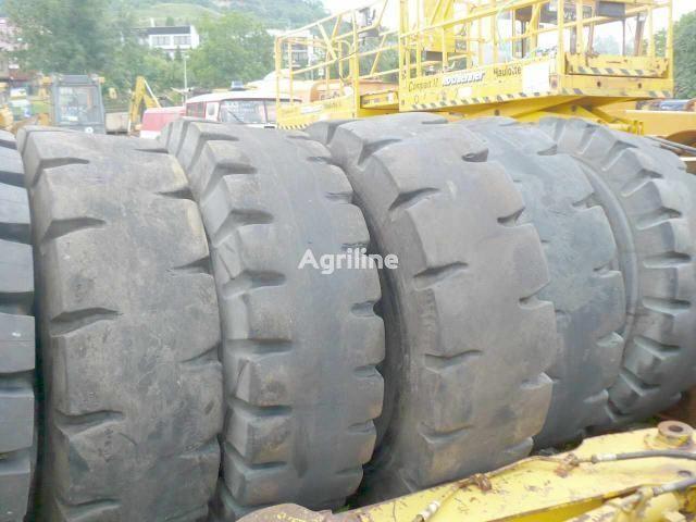 Primex + Simex 18.00 pneu de tracteur