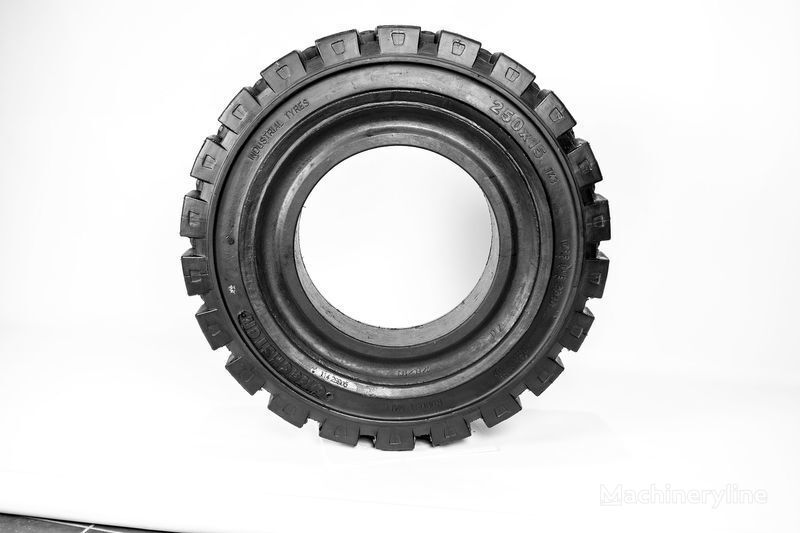 250h15  Emrald pneu pour chariot élévateur