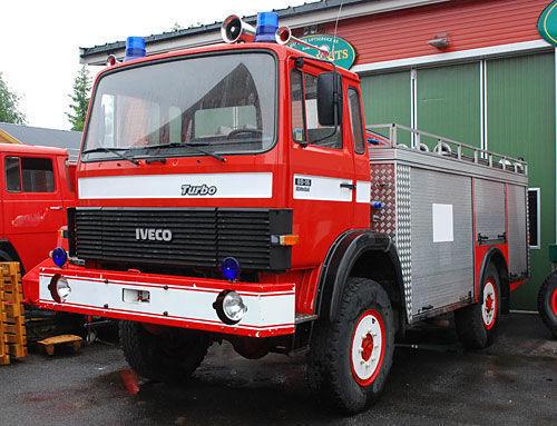 vente des camions de pompier iveco 4x4 wd voiture de pompier vehicule pompier de la norv ge. Black Bedroom Furniture Sets. Home Design Ideas