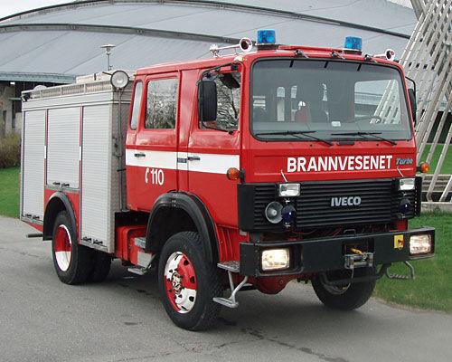 IVECO 80-16 4x4 WD camion de pompier