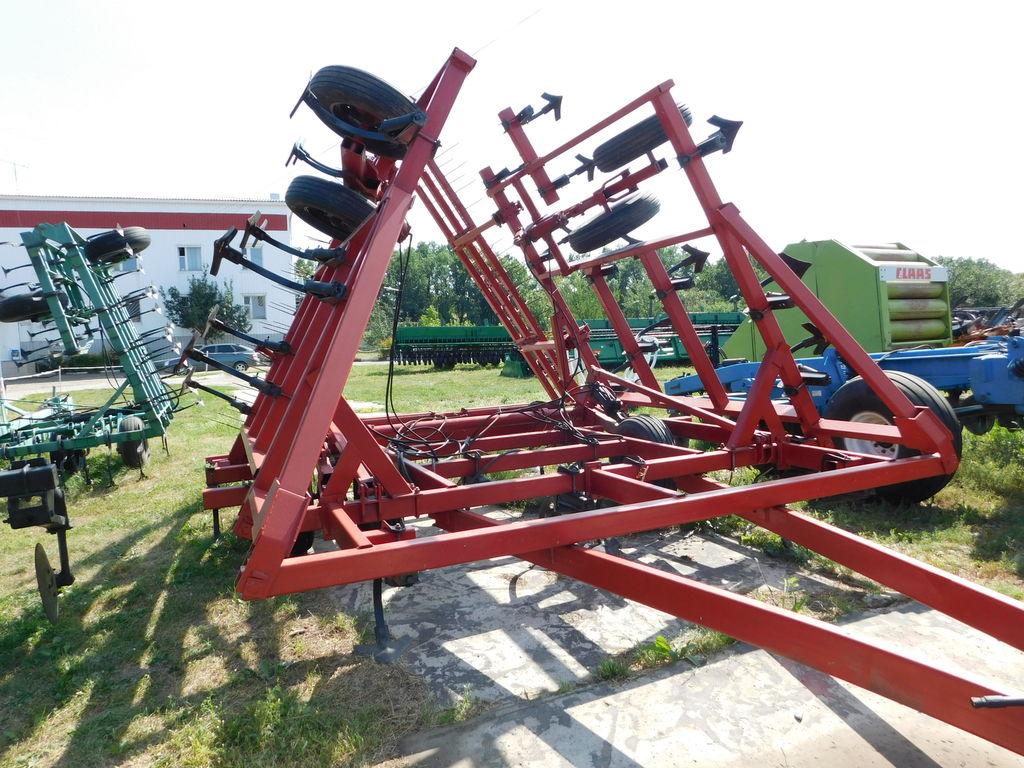 CASE IH 4900 9 m cultivateur